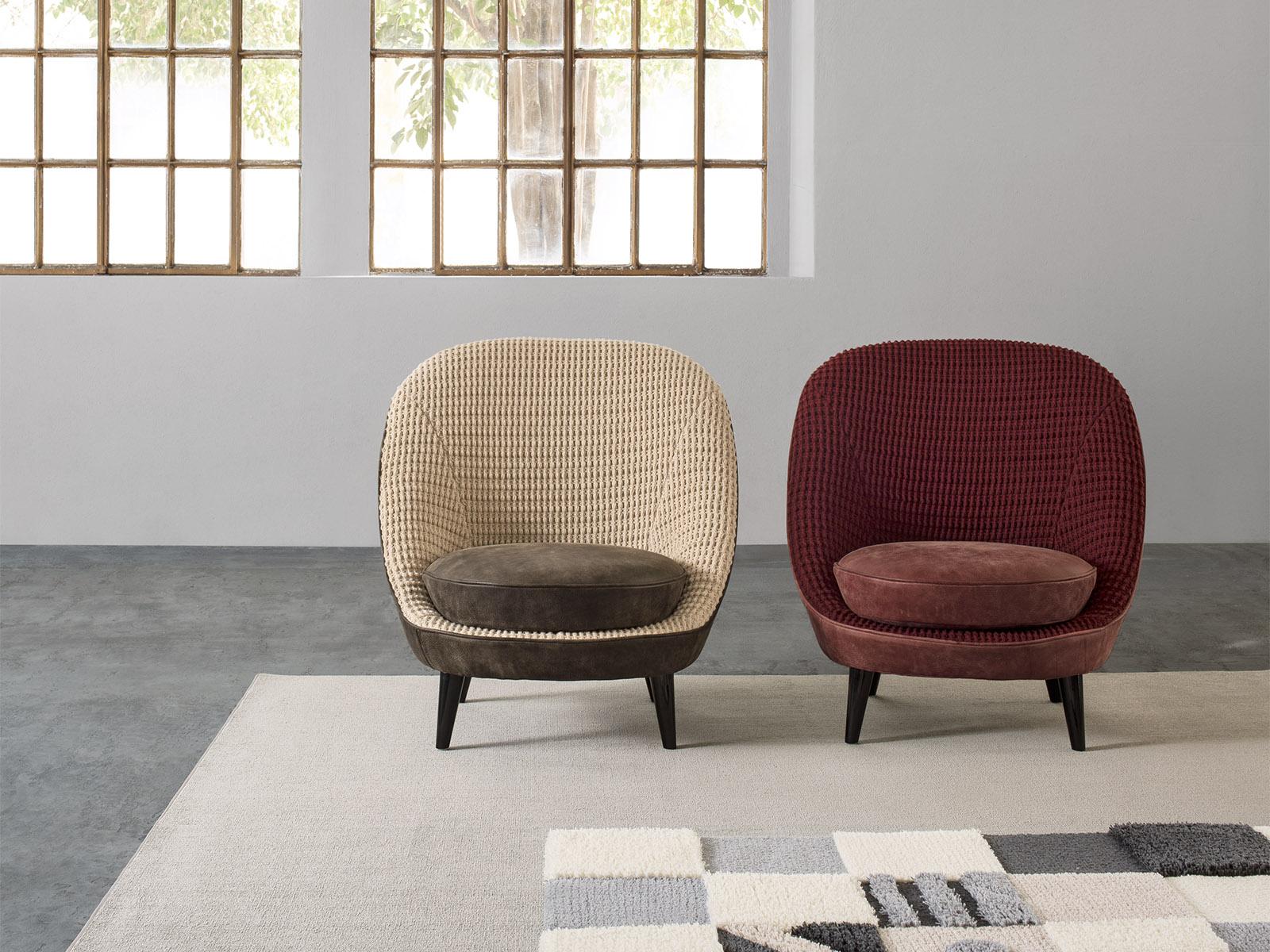 Il loft furniture arredamento for Poltrone di piccole dimensioni